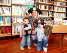 Cuentacuentos en la Biblioteca de Salinas
